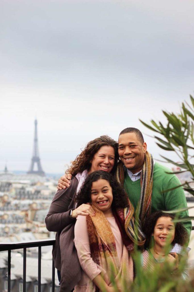 family Eiffel tower paris